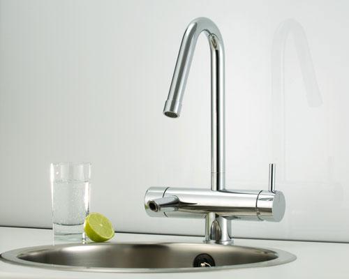 Mora Armatur - Mora Izzy C+ – kolsyrat vatten direkt ur kranen.