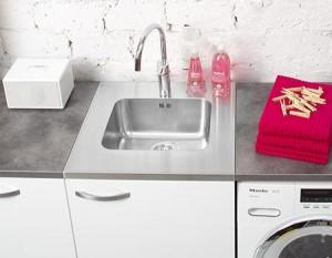 Rostfria diskbänkar kök tvättstuga